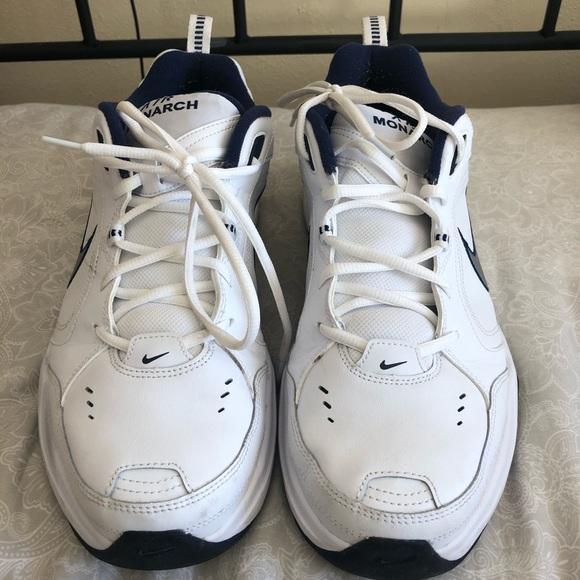 White mens nikes new shoes size 13